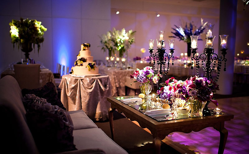 unique sweetheart tables with centrepeices