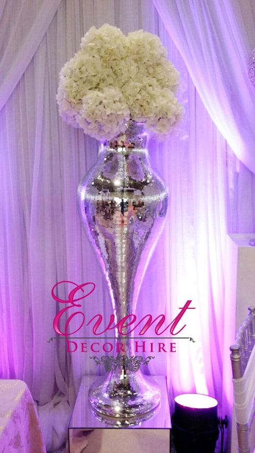 shapely vase wedding