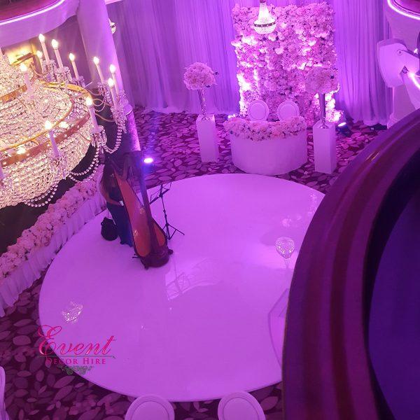Round dancefloor