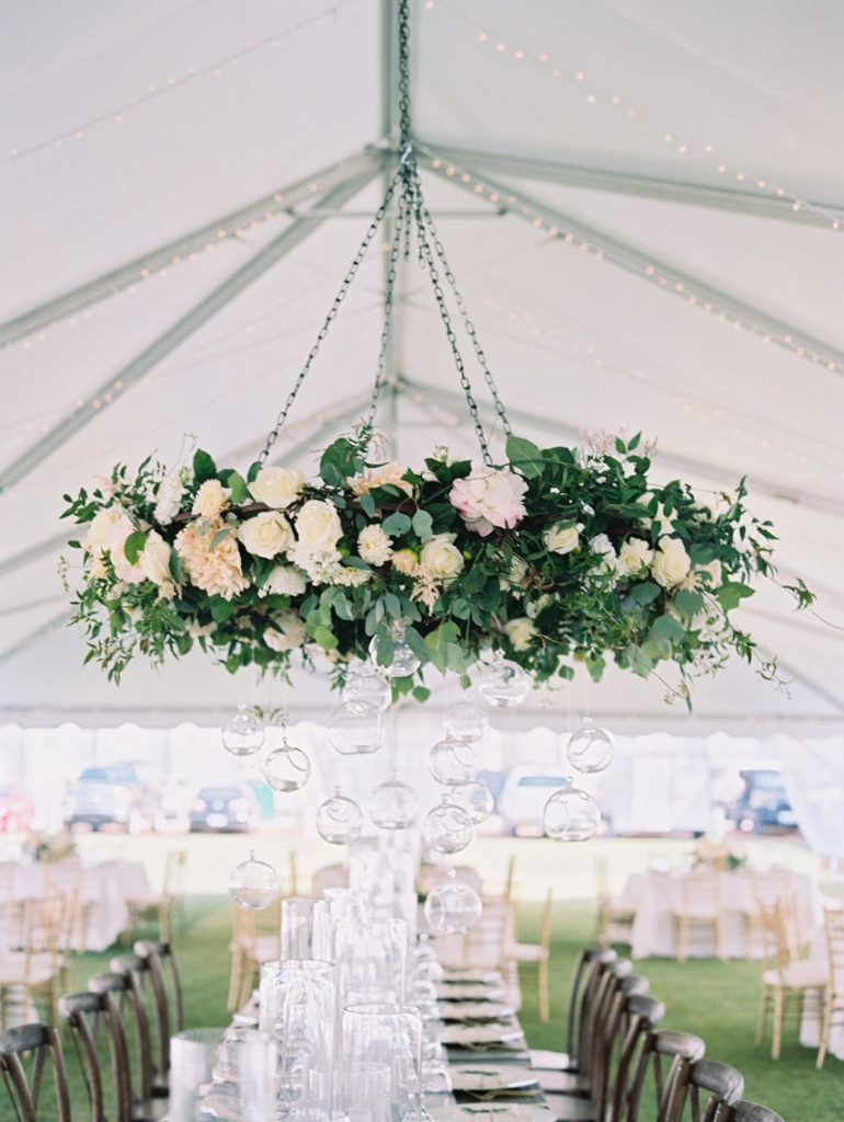 green flower chandelier wedding