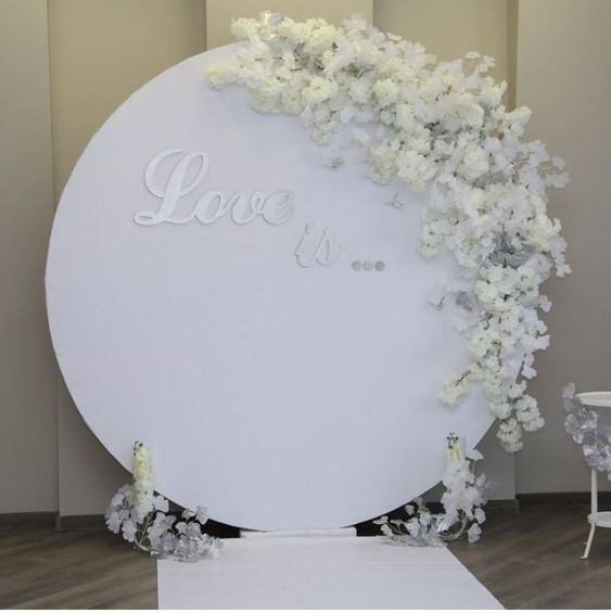 round backdrop design