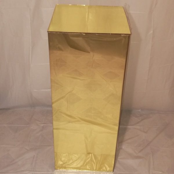 gold mirror plinth