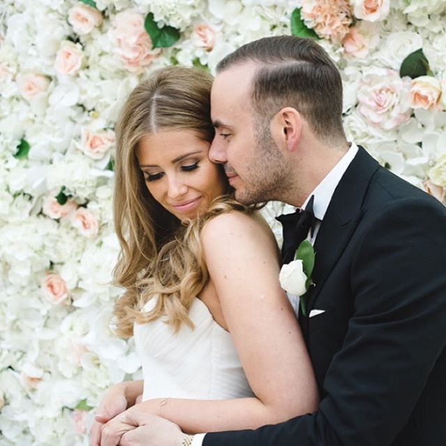 flower wall and couple