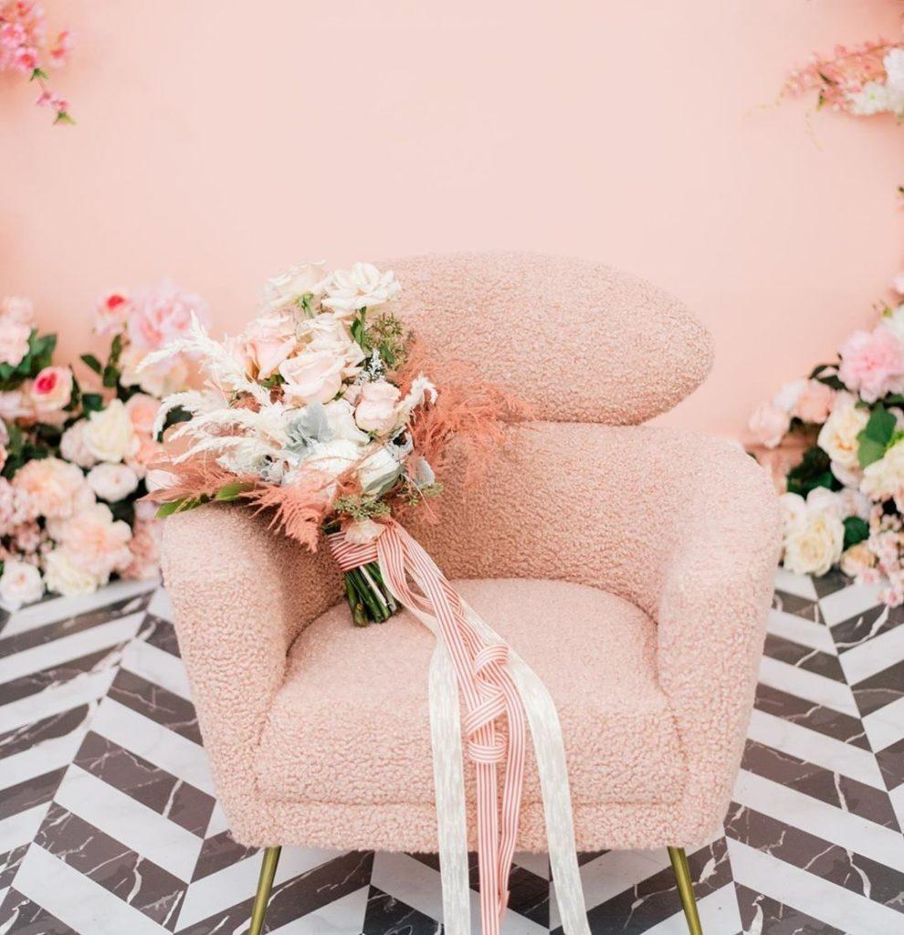 photo studio with flowers